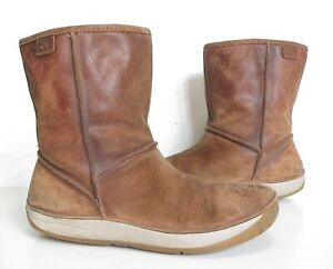 Ladies CLARKS Brown Suede Wool lined ankle Winter boots Size UK 6 Good Cond