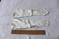 Vintage French Or Italian Women's Hand Embroidered Leather Gloves~Never Worn