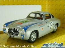 Mercedes Benz CLK Original Teile AMG Coche 1//43RD tamaño B66961906 versión R 0154 X {}