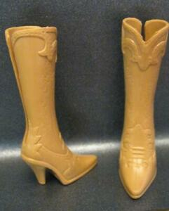 WESTERN Clothes BARBIE DOLL-MODERN COWBOY BOOTS Heel shoes-TAN W/BACK SLIT EASY