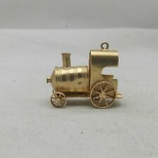 9ct GOLD MOVING HAND MADE MOVING RAILWAY ENGINE CHARM