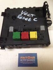 Vauxhall Vectra C / Signum REC Rear Fuse Box Tech2 Reset / 13205774 FP