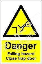 Danger Falling hazard Close trap door CONS0025 Construction building sitesignage