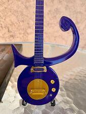 Prince - Exclusive Mini Guitars / 1:4 Scale