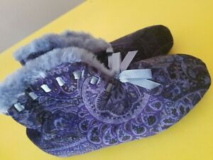 Dearfoams Women's Multicolored Velour Bootie Shoe Size 6.5- 7.5