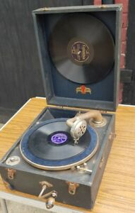VIntage National Band Gramophone Wind Up Portable Record Player working rare
