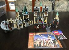 LEGO 4709 Harry Potter Hogwarts Castle Complete w/ 9 Mini-figures And Manual