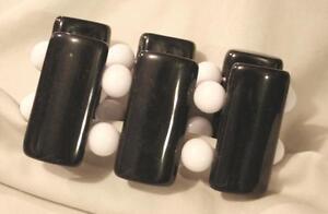 Handsome Retro 1970s Shiny Black Rectangle White Stretch Elastic Bangle Bracelet