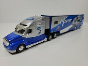 Hot Wheels Pfizer Mark Martin #6 Transporter 1:64 Scale Diecast - No Box
