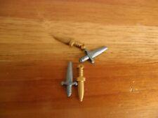 0016 Playmobil Spares - Daggers x 4 / 2 silver & 2 Gold / Roman Castle Figures