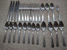 W M ROGERS SHELTON 1935 silverplate silver flatwear lot 28 peice set silverwear