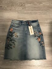 Free People Driftwood jeans Embroidered denim  Skirt Size 26