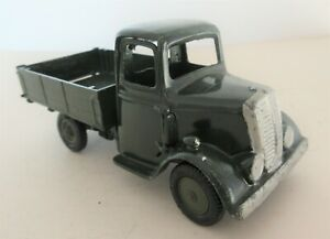 BRITAINS LTD Army Round Fronted Four Wheeled Tipper Lorry with Driver