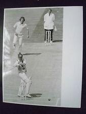 Cricket Press Photo- GRAHAM YALLOP & BOB WILLIS in 1981 4th Cornhill Test Match