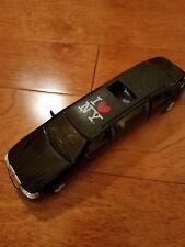 1999 Lincoln Town Car Stretch Limousine Diecast Black New York Kinsmart