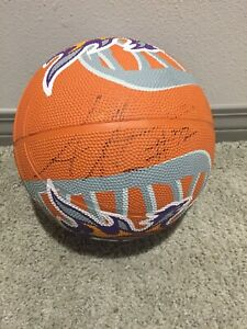 Authentic Phoenix Suns Basketball autograph Amar'e Stoudemire #32