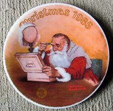 """Norman Rockwell - """"Grandpa Plays Santa"""" (1985) #12- Knowles Collector Plate - Nm"""