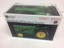 NIB John Deere Precision Classic Model 70 Standard Tractor  ERTL 1:16 TBE15366