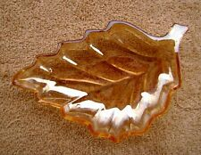 VINTAGE IRIDESCENT CARNIVAL GLASS LEAF SHAPED CHANGE/CANDY DISH