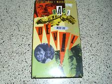 Race With The Devil (1975) VHS satanic horror nudity human sacrifice Peter Fonda