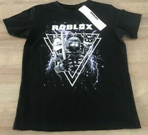 BNWT Kids Roblox Tshirt Age 9-10 Years