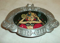 Vince Ray Wild Girl Pin Up Eight Ball Rockabilly 50er Gürtelschnalle Buckle