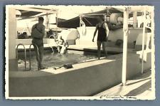 En croisière, à la piscine  Vintage silver print Tirage argentique  8,5x13