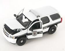 Spedizione LAMPO Chevrolet Chevy Tahoe Police 2008 Bianco Welly Modello Auto 1:24 NUOVO