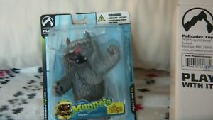 The Muppet Show Mini DogLion Exclusive Palisades Figure