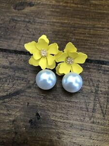 Topshop Beautiful Yellow Flower pearl Drop Earrings