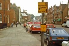 PHOTO  SUFFOLK 1983 NEWMARKET SOUTHWARD ON HIGH STREET WHITE HOTEL (WHERE I STAY
