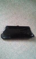 015 Vintage Black Patent Vinly Clutch Purse Metal Clasp Hand Bag