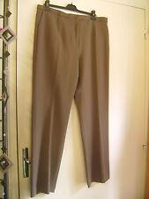 Pantalon classique WEILL taille 48 couleur taupe neuf+ét. valeur 149 euros