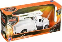 New Ray - 1:43 Scale International 4200 Line Maintenance Truck (BBNR15913E)
