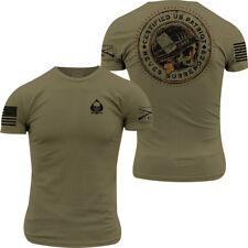 Sello de gruñido estilo patriota T-Shirt-Verde Militar