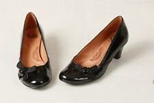 SOFFT BLACK PATENT SIDE BUTTONS & BOWS LEATHER HEELS PUMPS 7 M 1049511