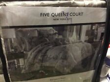 Five Queens Court New York City Carly European Pillow Sham 25 x 25�