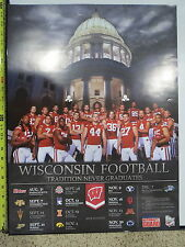 (1) 2013 UNIVERSITY OF WISCONSIN BADGERS 2013 FOOTBALL TEAM SENIOR POSTER 24X18
