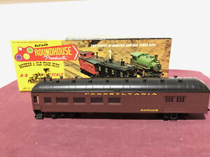 Roundhouse 6143 HO scale model PENNSYLVANIA HARRIMAN COMBINATION CAR - pre-owned