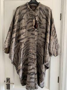 Roberto Cavalli Womens Coat, Size 40