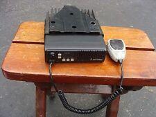 Motorola MaxTrac Mobile 2-Way Radio D51MJA97A3AK w/ Hand Mic & Bracket