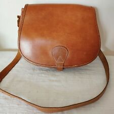 Vintage 70, T. Joli sac cartouchière en cuir naturel bandoulière en TBE Hippy