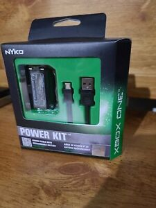 Nyko Power Kit - Rechargeable Battery and Replacement Cover with Micro-USB