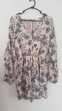 Sheike Ladies size 12 floral playsuit. Ladies party/casual wear.
