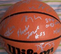 2006 UConn Huskies Elite 8 team signed NCAA basketball Jim Calhoun Rudy Gay +12