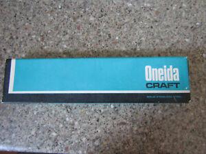 VINTAGE ONEIDA CRAFT STAINLESS STEEL WINTER SONG SUGAR SPOON UNUSED IN BOX