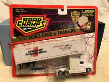 Road Champs 1:87 Ho scale Ford Aeromax Truck the CP Rail Trailer.