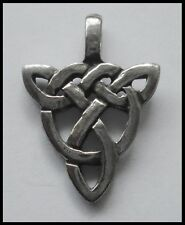 PEWTER CHARM #1389 CELTIC TRIANGLE DROP (27mm x 20mm) 1 bail PENDANT
