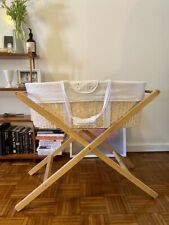 Born with style Moses basket, stand and extra linen