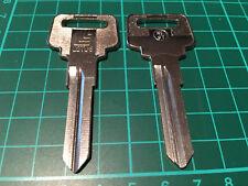 Volvo 240, 242, 244, 262, 264, 265 / Schlüsselrohling Zünd-Türschloß LOTUS NE97